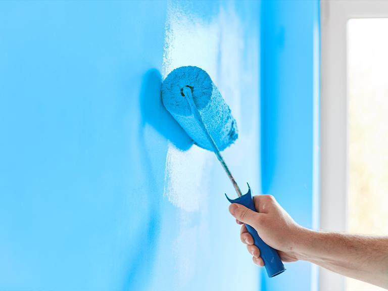 malowanie naniebiesko